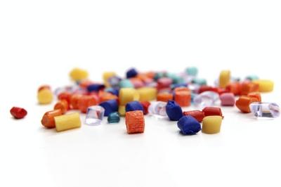 เม็ดพลาสติกมีความชื้นแก้ไขได้อย่างไร ฉีดพลาสติก รับฉีดพลาสติก