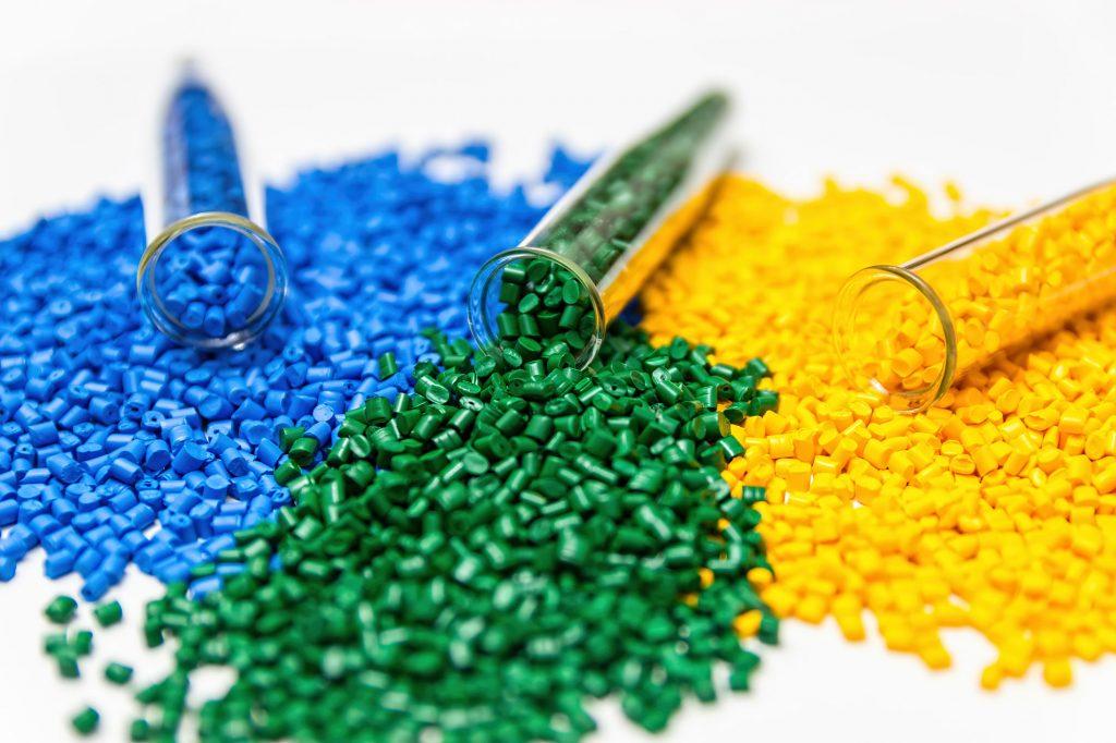กลุ่มอุตสาหกรรมพลาสติกในไทยมีกี่กลุ่มกันนะDeemark มีคำตอบ